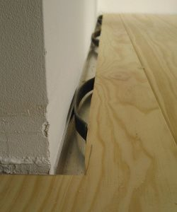 Holzboden - Klammerverlegung von Massivholzdielen
