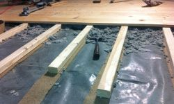 Lagerholzkonstruktion Fußbodenaufbau